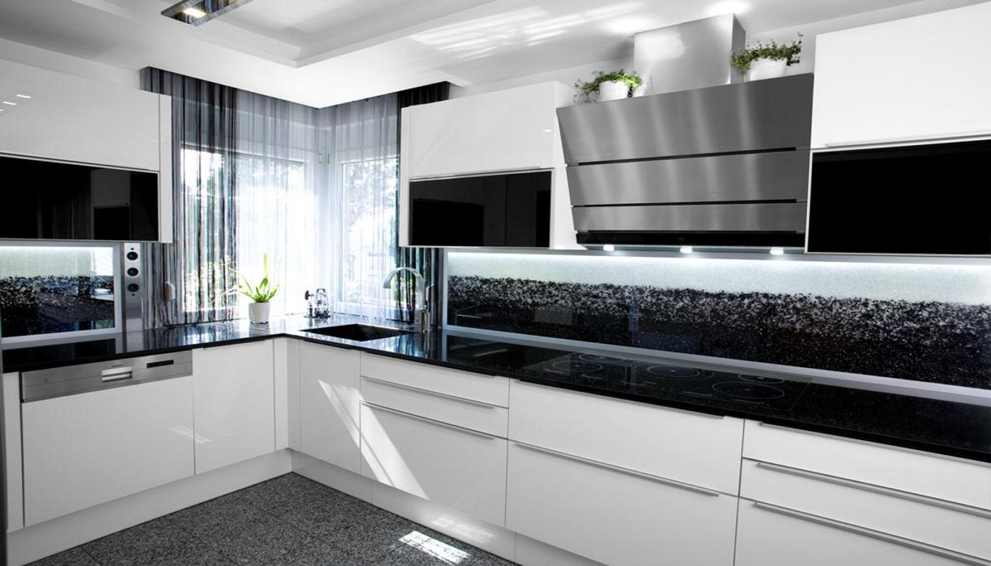 Glaszone kristallglaselemente das gewisse funkeln im raum for Weisse kuchen bilder